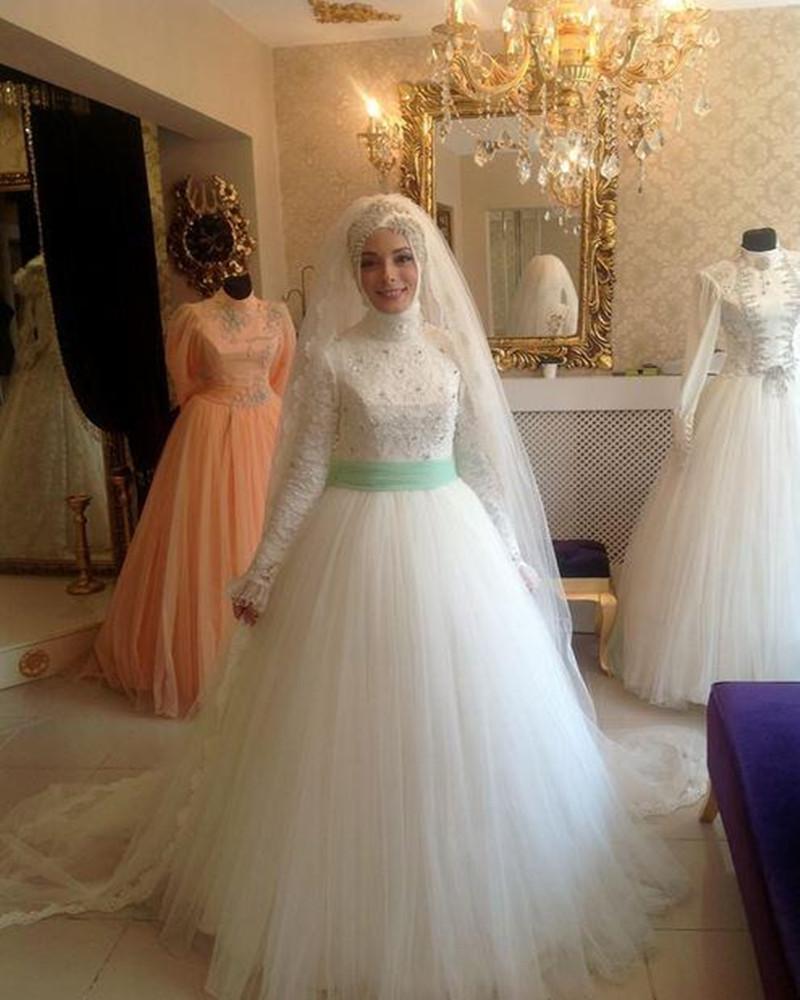 http://delbaraneh.com/wp-content/uploads/2016/06/New-White-A-Line-Tulle-Lace-font-b-Hijab-b-font-Muslim-font-b-Wedding-b.jpg