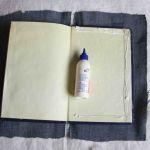 لبه های جلد دفترچه را چسب بزنید