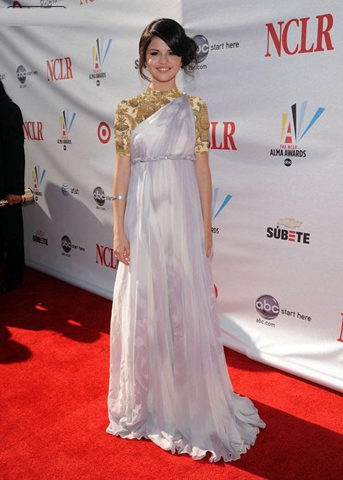 مدل لباس مجلسی سلنا گومز زیبا و شیک 96