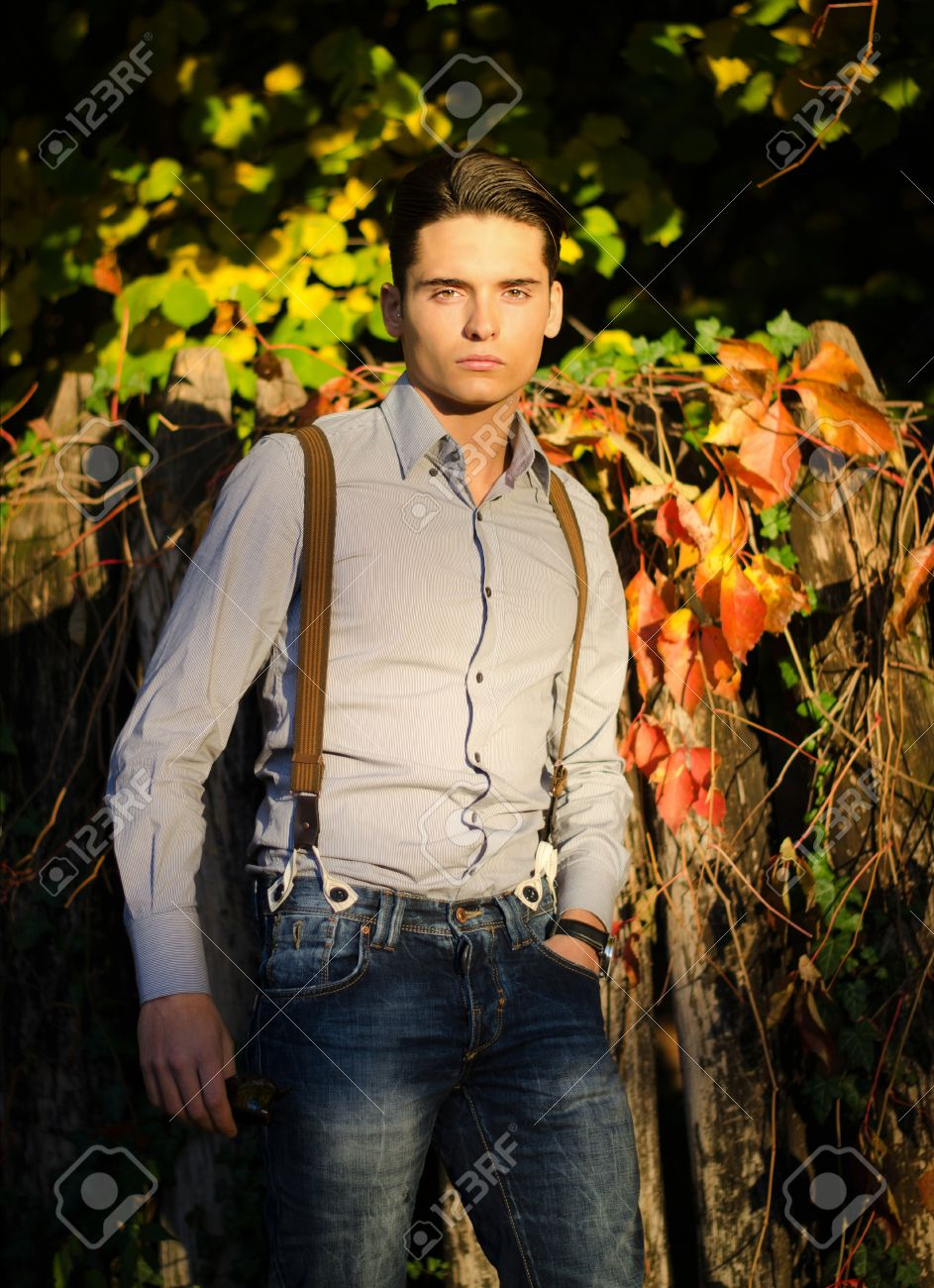 http://delbaraneh.com/wp-content/uploads/2016/10/16404154-Attractive-young-male-model-outdoors-in-nature-in-beautiful-sunset--Stock-Photo.jpg