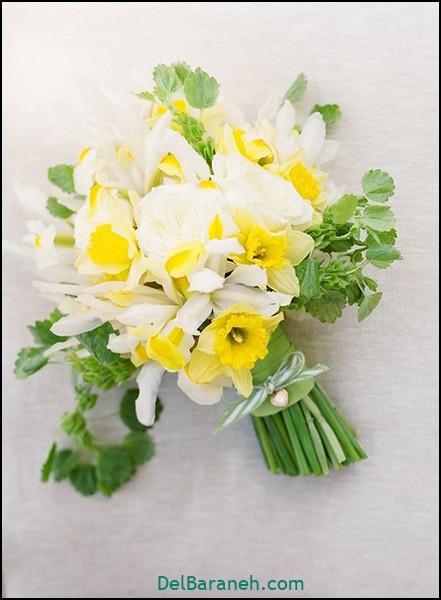 دسته گل عروس با گل نرگس