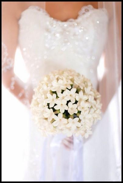 مدل دسته گل عروس با گل یاس