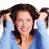 اشتباهاتی که موها را چرب میکند