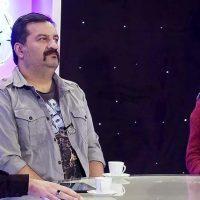 کلیپ بغل کردن شقایق دهقان و مهراب قاسم خانی در برنامه کافه میکس