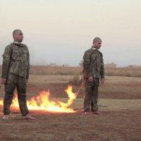 دانلود فیلم ۱۸+ آتش زدن دو سرباز ارتش ترکیه توسط داعش در سوریه