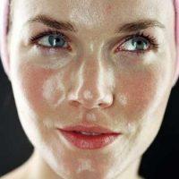 مراقبتهای ویژه برای پوستهای چرب