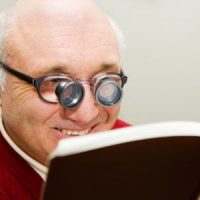 بیماری کم بینایی مادرزادی چیست؟