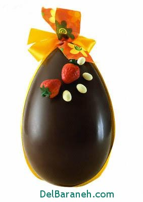Chocolate Egg --- Image by © Laurence Mouton/ZenShui/Corbis