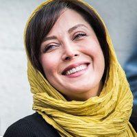 ژست های مختلف مهتاب کرامتی در جشنواره فیلم فجر ۹۵+ عکس