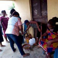به دنیا آوردن یک بز توسط زن نیجریه ای پس از دو سال بارداری+عکس