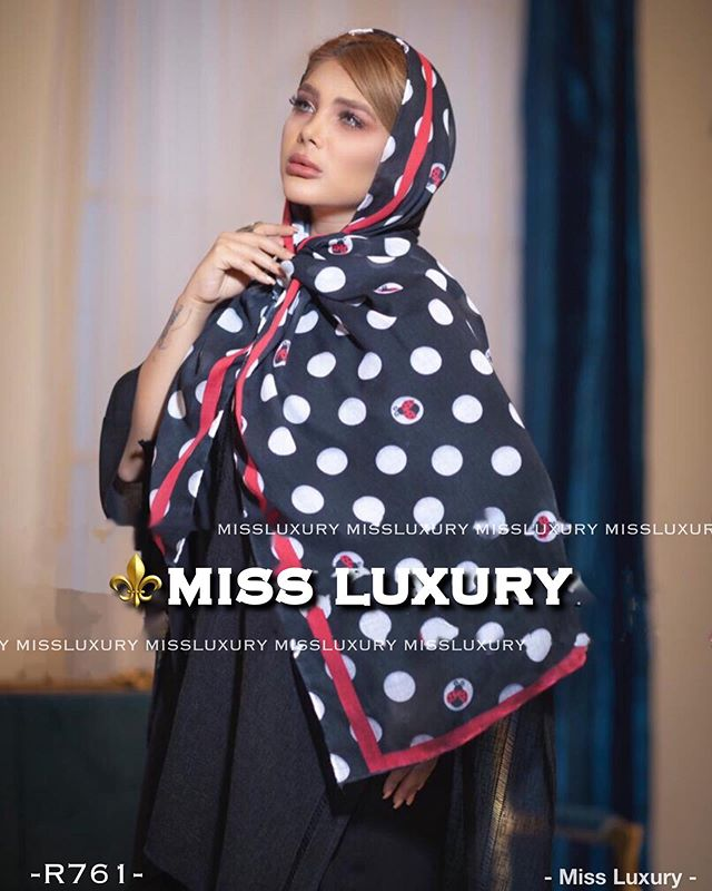 روسری مشکی (۴)