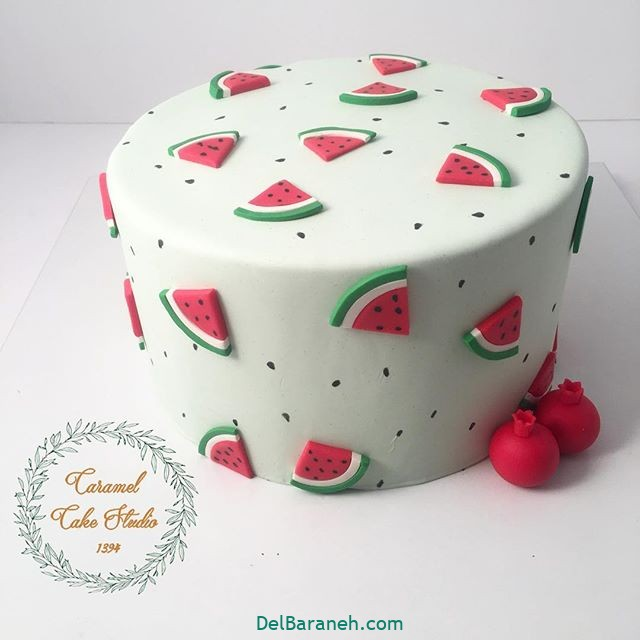 تزیین کیک یلدا (۳۳)
