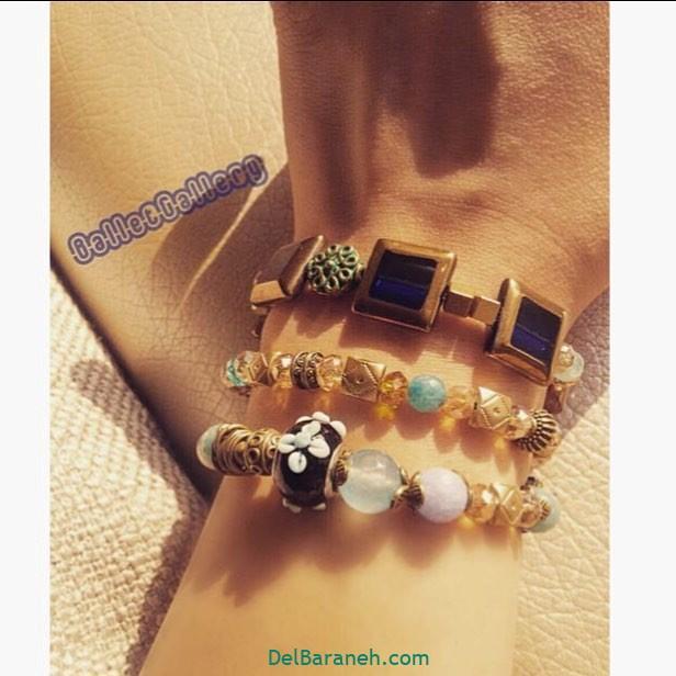 دستبند (۳۳)