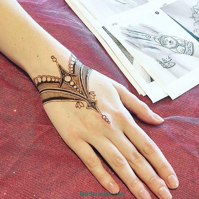 طرح حنا روی مچ دست (۱)