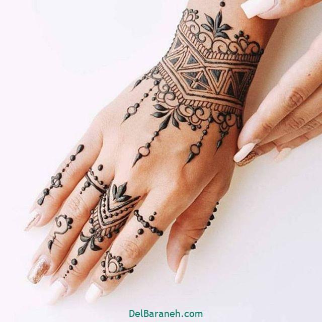 طرح حنا روی مچ دست (۲)