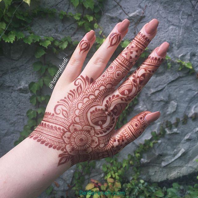 نقش حنا روی دست (۱۴)