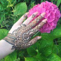 نقش حنا روی دست | ۴۰ مدل متنوع و خاص طراحی حنا روی دست