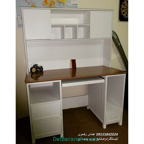 میز تحریر کتابخانه دار (۱۴)