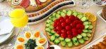 صبحانه عروس | ۴۴ مدل تزیین صبحانه دو نفره زیبا برای عروس و داماد