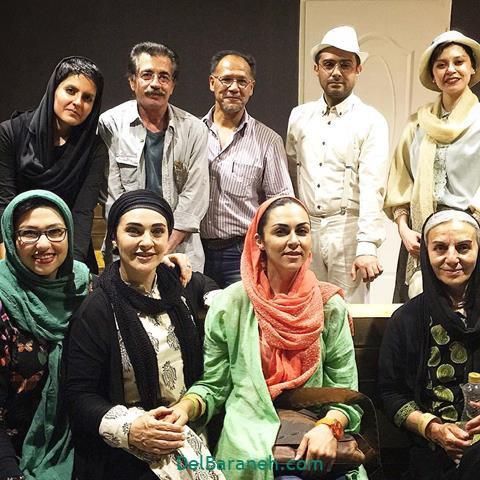 عکس وحید رهبانی در جمع بازیگران