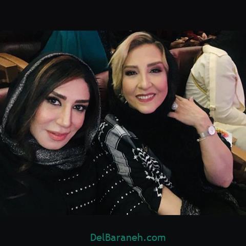 عکس نسیم ادبی و مرجانه گلچین در جشن حافظ 98