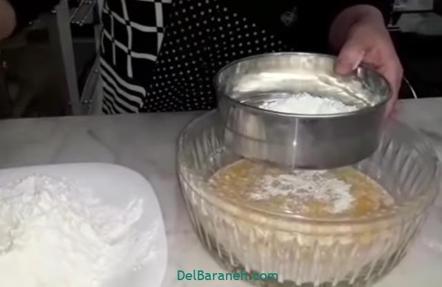 طرز تهیه خمیر جادویی برای پیتزا و پیراشکی