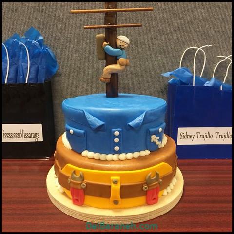 کیک روز مرد با فوندانت (۴)