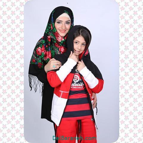 عکس زهرا خاتمی راد و پسرش