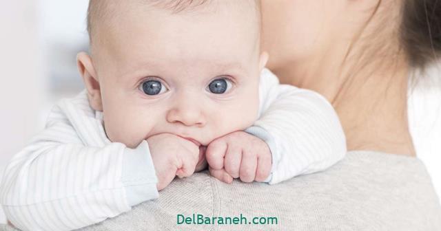 تعبیر خواب بوسیدن نوزاد