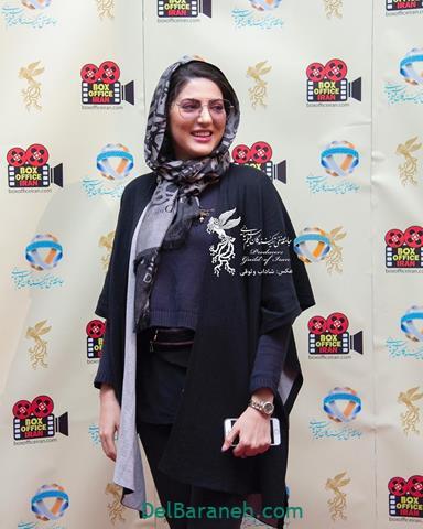 مدل مانتو هلیا امامی در جشنواره فیلم فجر 98
