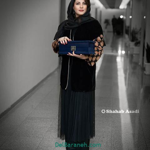 مدل مانتو بهنوش طباطبایی در جشنواره فیلم فجر 98